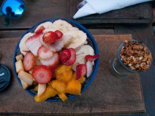 Acai s sadjem