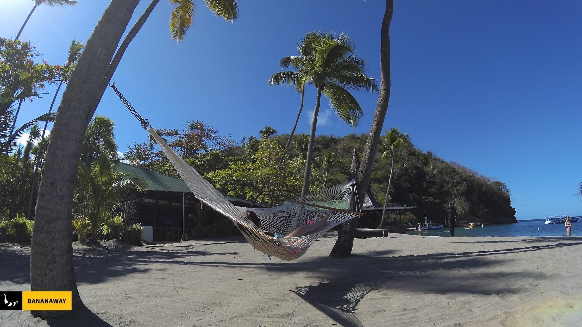 Tudi na našem kajt potovanju na Karibe smo včasih poležavali v viseči mreži.
