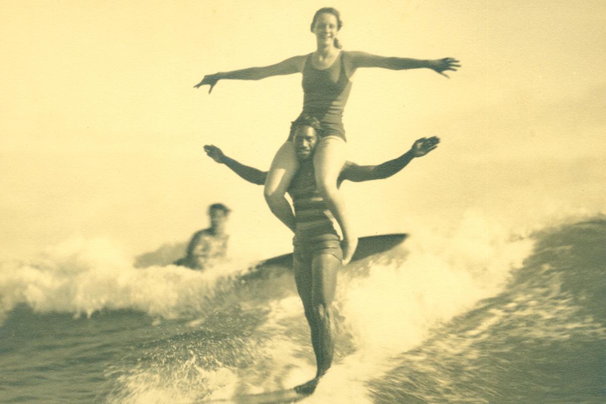 Surfanje v zgodovini