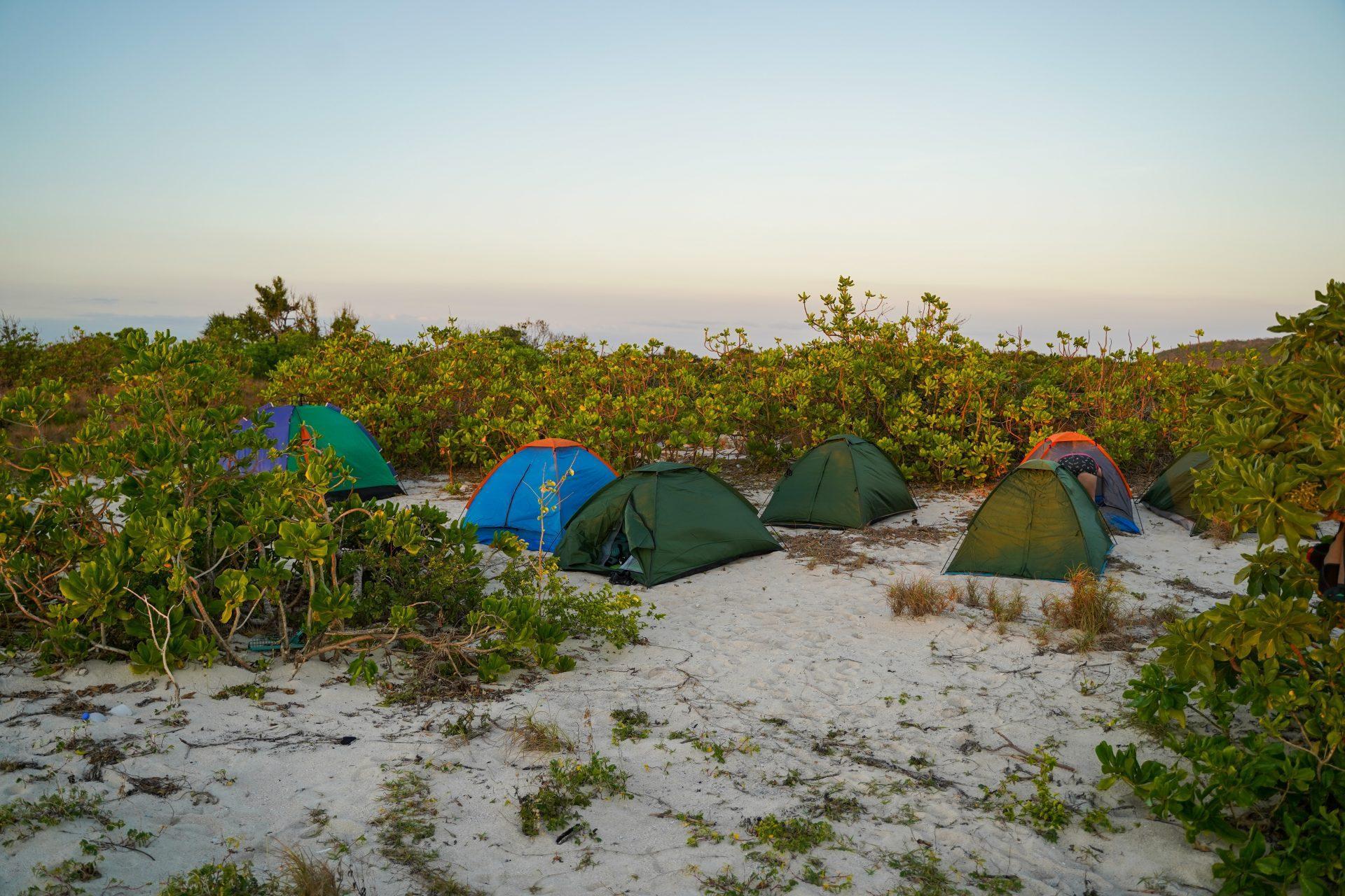 Kite safari Filipini - spimo v šotorčkih